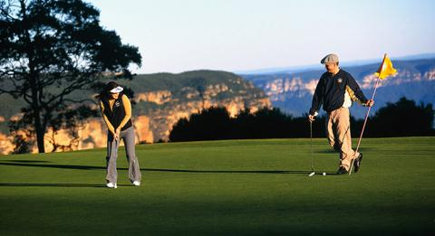C​ouple, Leura Golf Course, Blue Mountains