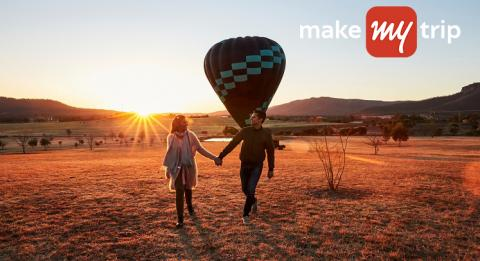 Couple arriving for a sunrise hot air ballon ride in the Hunter Valley
